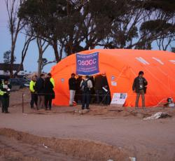 The United Nations OSOCC at the entrance to a transit camp near the Tunisia-Libya border. Credit: OCHA/David Ohana