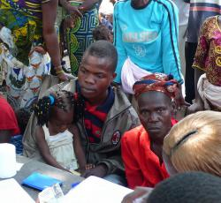 Ivorian refugees register in Old Loguato. Credit: UNHCR/F Lejeune-Kaba
