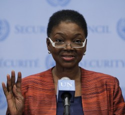 UN Humanitarian Chief Valerie Amos briefs journalists following closed-door Security Council consultations on the situation in Syria. Credit: UN