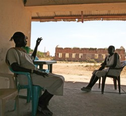 2013, Abyei: An estimated 100,000 people fled the town of Abyei when it was attacked by Sudanese Armed Forces in May 2011. Many of those who have since returned are squatting in looted and abandoned buildings. Credit: IRIN/Hannah McNeish
