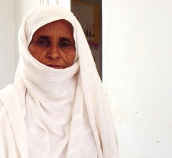 2013, Kassala State, Sudan: Fatima is a volunteer midwife at a medical center in Hammeida, in rural Kassala State. Local organizations are shouldering much of the humanitarian burden in eastern Sudan but are hindered by limited resources and support. Credit: OCHA
