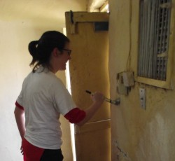November, Sudan: UN Volunteer Jen Paton helps to refurbish classrooms at the Hope Institute for Teaching and Rehabilitation of Deaf Children. Credit: OCHA