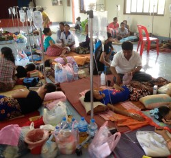 August 2013, Champasak, Lao PDR: Dengue patients being treated at the Champasak hospital in southern Lao PDR. The country is struggling with its worst dengue outbreak in history. In August, public health facilities were stretched to their capacity. Credit: WHO/Dr. Luo