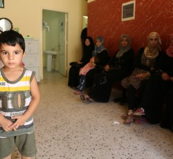 July 2013, Tripoli, Lebanon: The waiting room of the Nahada primary health care clinic in northern Lebanon is packed with Lebanese and Syrian patients. The clinic has already seen a 400 per cent increase patients in recent months, many of them Syrian refugees. Credit: OCHA/D.Palanivelu