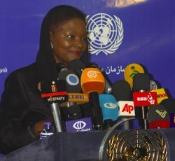 15 September 2013, Tehran, Iran: UN Humanitarian Chief Valerie Amos speaks at a press conference in the Iranian capital of Tehran at the end of her three-day visit to the Islamic Republic. Credit: UNIC Iran