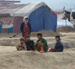 Displaced children at the Ada Mazar settlement in Kabul, Afghanistan. Credit: OCHA/Christophe Verhellen