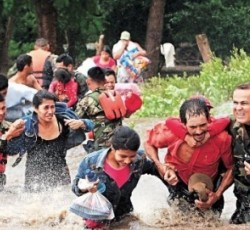People being evacuated from flooding in el Jicaral, in Nicaragua. Source: Sinapred
