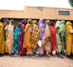 Women queue up to receive medical treatment at the Kassab camp in north Darfur. Some of the CERF allocation will go towards providing health services, including pre-natal and maternal care. Credit: UNAMID