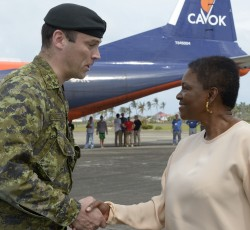 20 Nov 2013, Philippines: DART Commanding Officer and Commander Joint Task Forces for the Philippines LCol Walter Taylor greets Humanitarian Chief Valerie Amos at Capiz city airport. Credit: DART